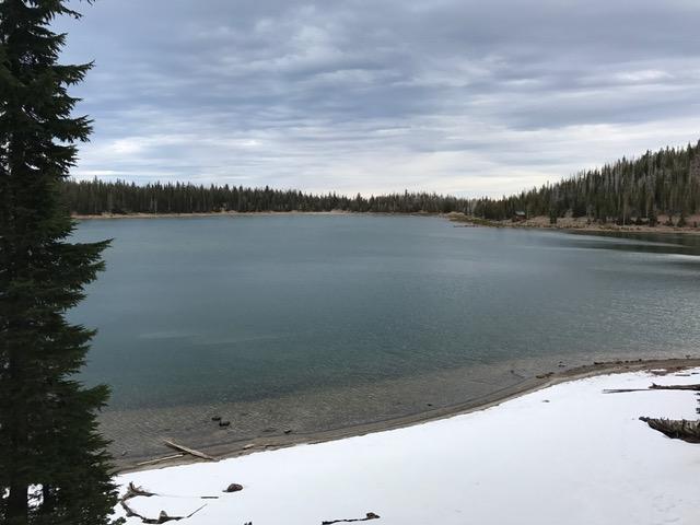 snow-3-creeks-lake